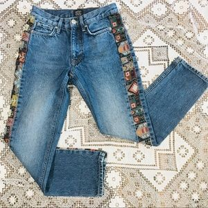Urban Outfitters BDG high rise embroidered jeans 2